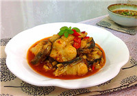 鮮嫩美味辣煸鯉魚的做法