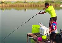 《爸爸去钓鱼》第16集 大庆市龙凤湿地钓大鱼