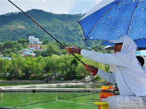 江河钓鱼技巧