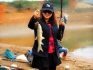 鉤尖上的中國閩北(南平)釣魚人之女子漁樂篇