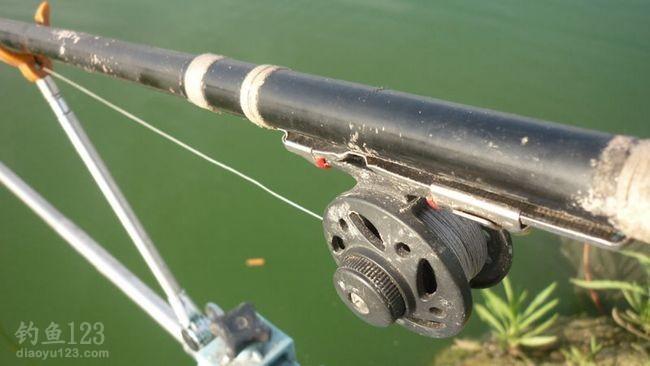 开竿钓鱼啦