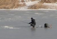 冬季钓鱼的一些小技巧