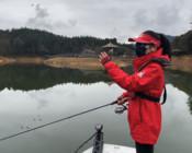 《丽娜的钓鱼日记》龙川湾探钓第六天,气温再降,鱼捕食力下降怎么办?
