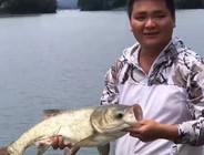 《户外老曹》游钓江西,这次老曹拍摄,船长钓鱼!船长能如愿钓上大鱼吗?