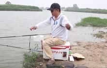 《渔课堂》钓中大青鱼,辛苦溜了15分钟后,最终结果让人意外