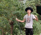 《户外野钓视频》乡村野河玩传统钓,发现天然鱼窝,窝里鱼星真不少,下杆就顶漂