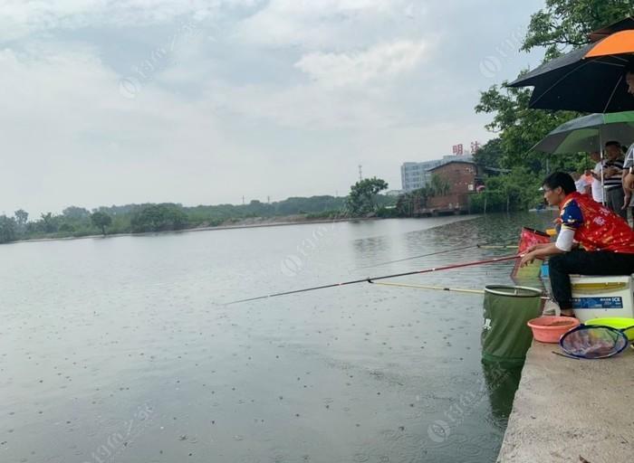 小朱钓鱼场