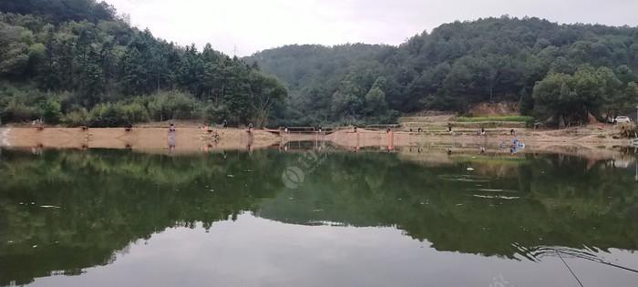 江山启坞垄水库垂钓园