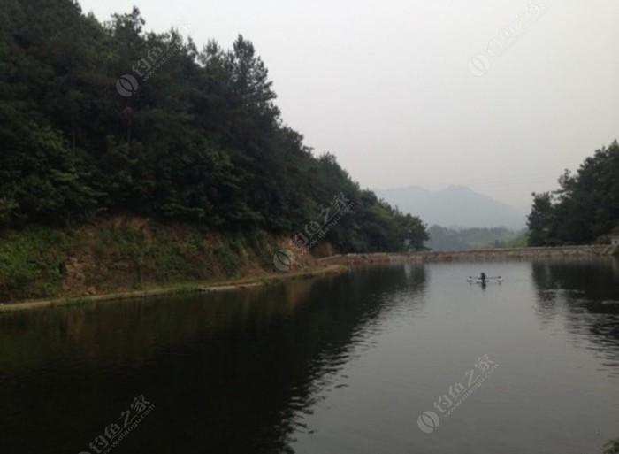 纯江水垂钓中心