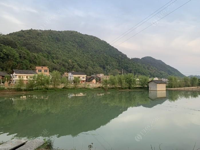 京舟坝·钓娱人山庄