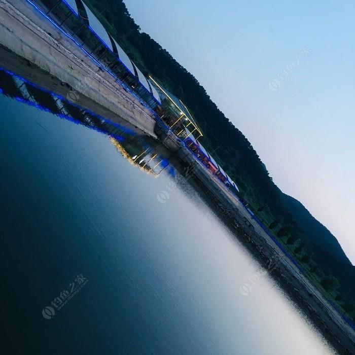 水中央垂钓园