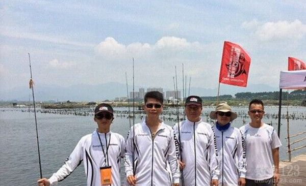 动鳡路亚团队首次游钓之马銮湾试钓海鲢